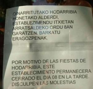 Euskarazko kartela Hondarribian